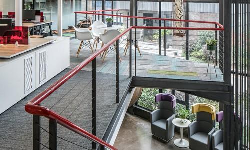 有了这10条办公设计idea锦上添花,员工的工作电量天天满格